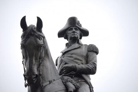 ジョージ・ワシントン像