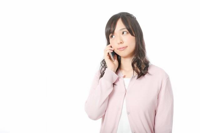 電話中の女の子