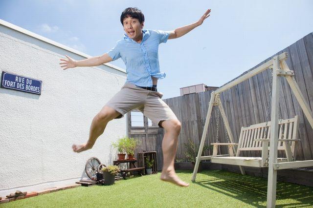 陽気にジャンプ!