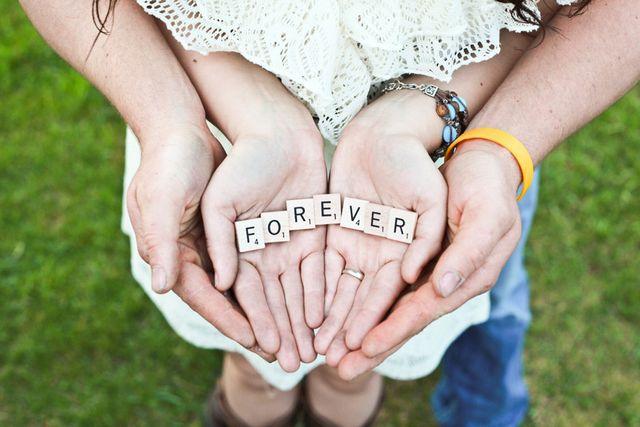 永遠の愛を誓う2人